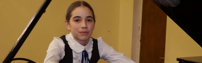 Ekaterine Nikoladze